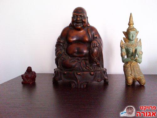 שלושה פסלונים מהמזרח הרחוק