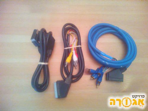 3 כבלים עם סיומת SCART