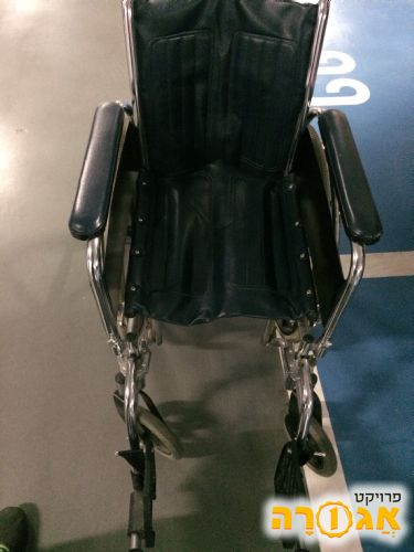 כסא גלגלים פשוט מידה 40 והליכון