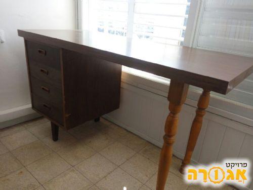 שולחן כתיבה עם מגירות וינטג'