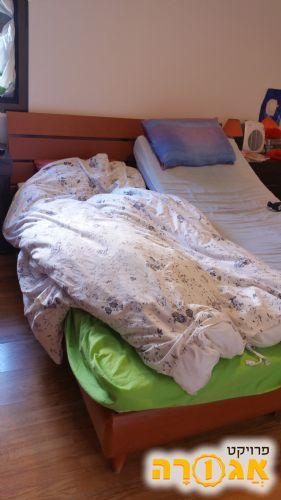 מיטה זוגית מתכווננת
