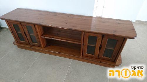שידת טלוויזיה מעץ מלא