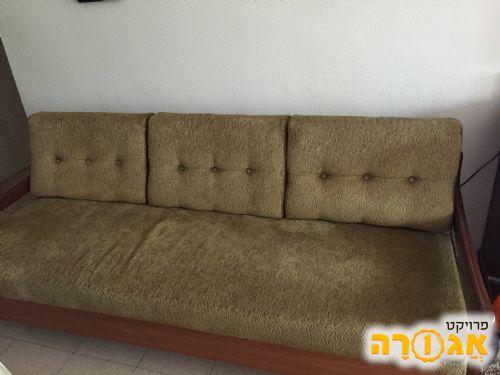 ספה תלת נפתחת למיטה זוגית