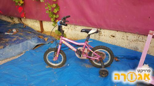 אופניים לילדה