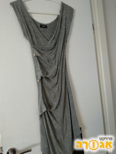 מבחר בגדי נשים