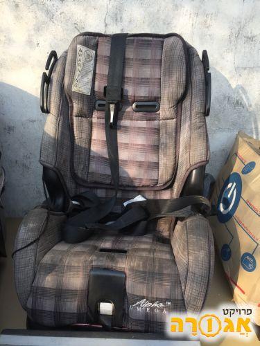 כיסא לרכב