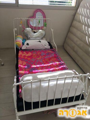 מיטה ילדים במצב מצויין