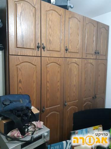 ארון 5 דלתות עץ מלא
