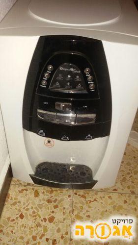 מתקן מים קרים חמים