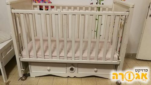 מיטת תינוק לא כולל מזרון