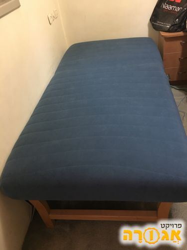 מיטת יחיד מתכווננת במצב מעולה!!!