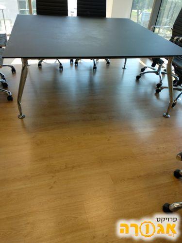 שולחן משרדי לחדר ישיבות