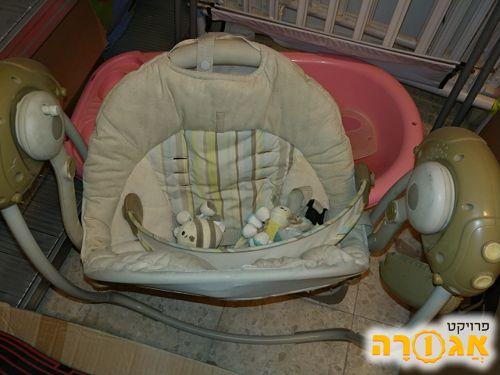נדנדה חשמלית לתינוק