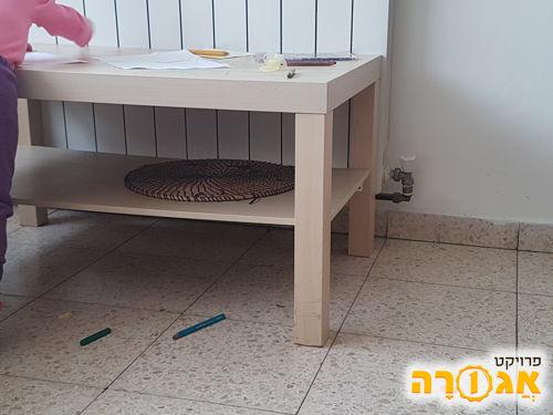 שולחן סלון של איקאה