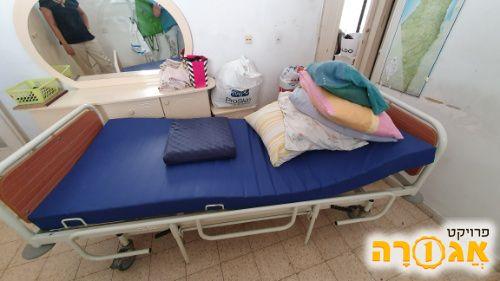מיטה הידראולית
