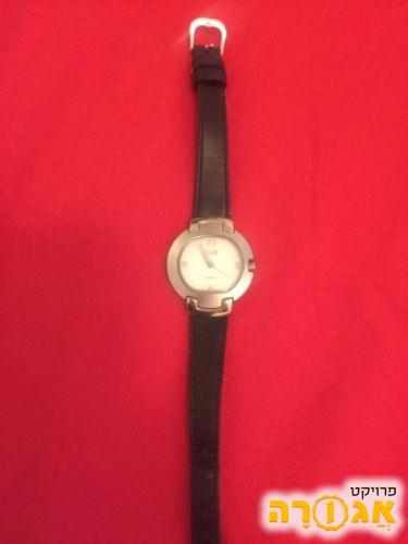 שעון יד שחור
