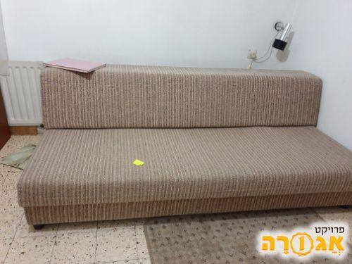 מיטת נוער ספפה עם ארגז מצעים בצבע בייז'