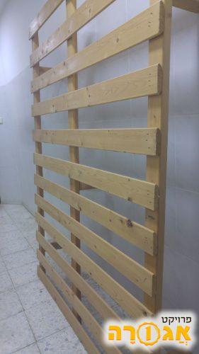 בסיס מיטה זוגית מעץ