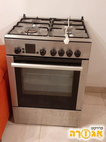 תנור אפייה עם כירת גז