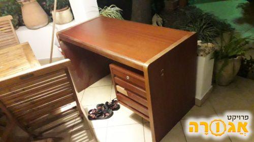 שולחן כתיבה/מחשב
