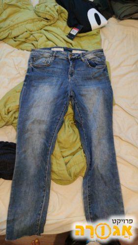 מכנסי ג'ינס מידה 31 (בערך 42-44)
