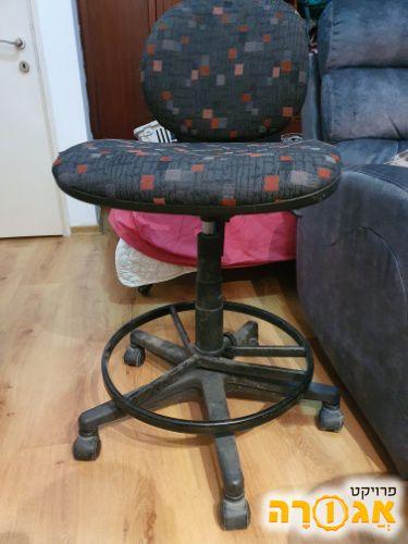 כיסא גבוה