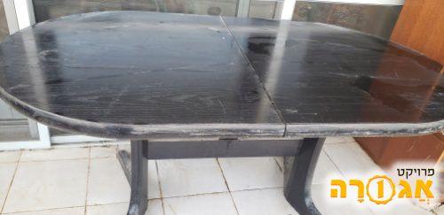 שולחן אוכל מעץ ונגה