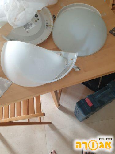 6 מנורות קיר צמודות