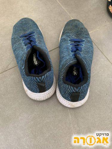 נעליים מידה 40