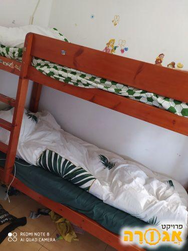 מיטת קומתיים