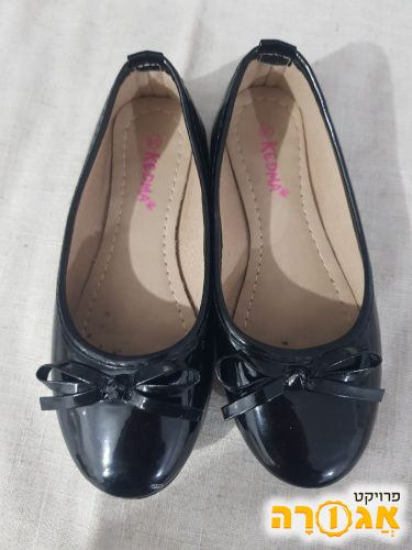 נעליים לילדה