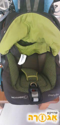 כסא לרכב לתינוק