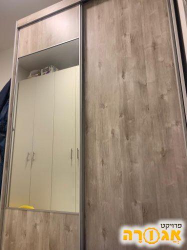 ארון הזזה 2 דלתות רוחב: 160 , גובה: 240 , עומק: 60
