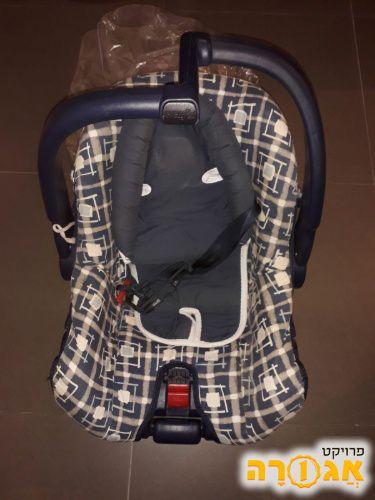 כסא רכב לתינוק
