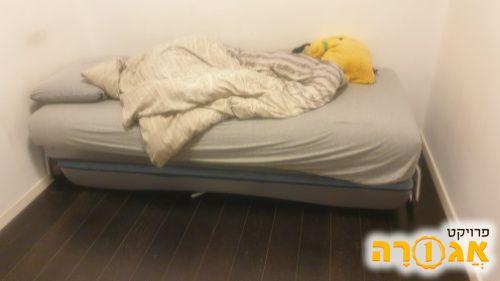 מיטת נוער חשמלית ניפתחת עם ארגז מצעים