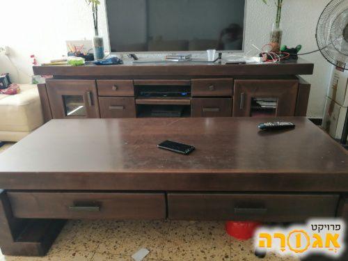 מזנון ושולחן לסלון מעץ מלא